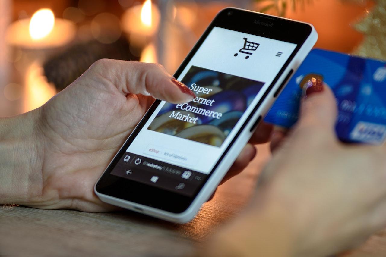Mobile shopping cart e-commerce website